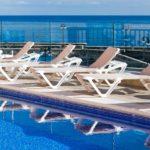 Pool, Solarium und Atlantik